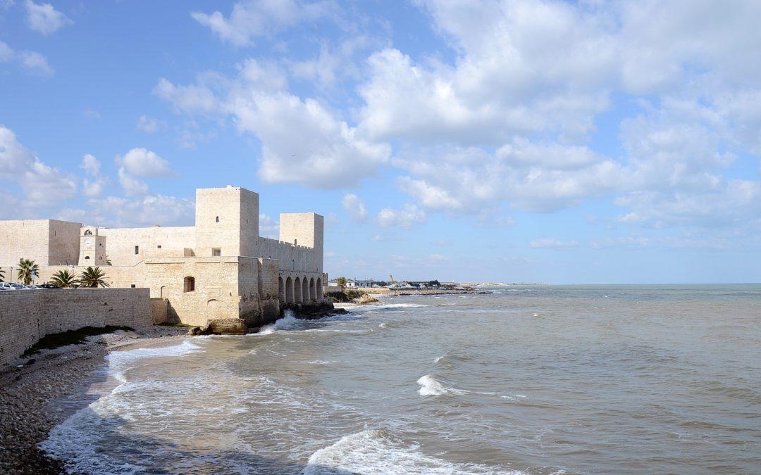 Enecom apre in Puglia, a Bari